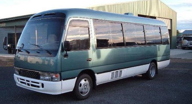 tojota-avtobus