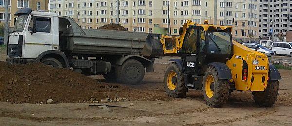 jcb-531-70-gruzit