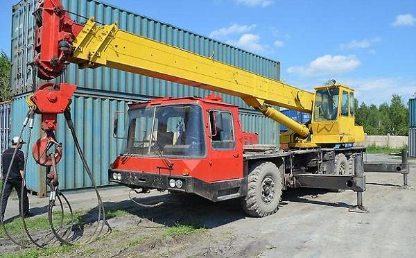avtokran-25-tonn-4