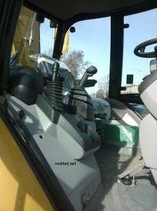 фото кабины Caterpillar 444F