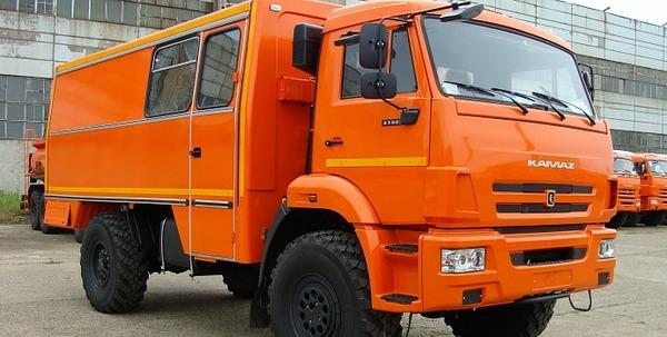 Вахтовый автобус НефАЗ-42111 на шасси КамАЗ